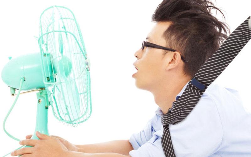 Những thói quen xấu khi sử dụng quạt điện mà bạn cần khắc phục
