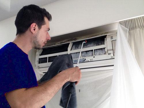 Hướng dẫn vệ sinh điều hòa tại nhà đúng cách hiệu quả